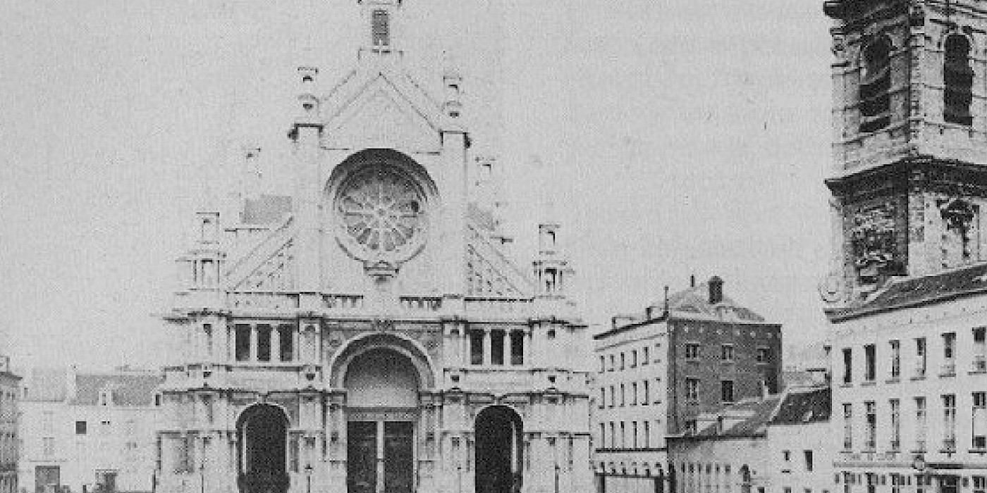 Pictures of the history of the place Sainte Catherine of Brussels black and white
